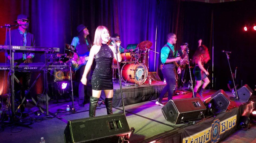 2017-12-16 Liquid Blue Band in San Diego CA at Marriott Marquis Hotel JCS7 (9)