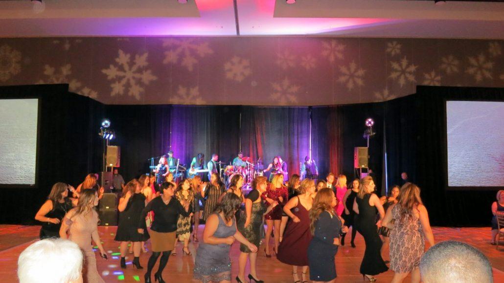 2017-12-16 Liquid Blue Band in San Diego Ca at Marriott Marquis Hotel (5)