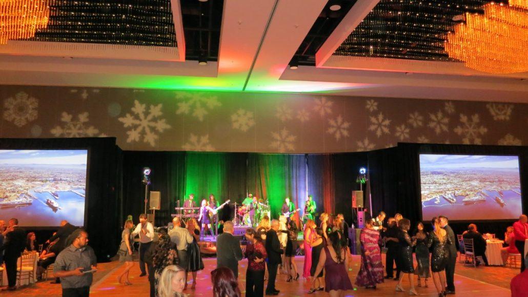 2017-12-16 Liquid Blue Band in San Diego Ca at Marriott Marquis Hotel (6)
