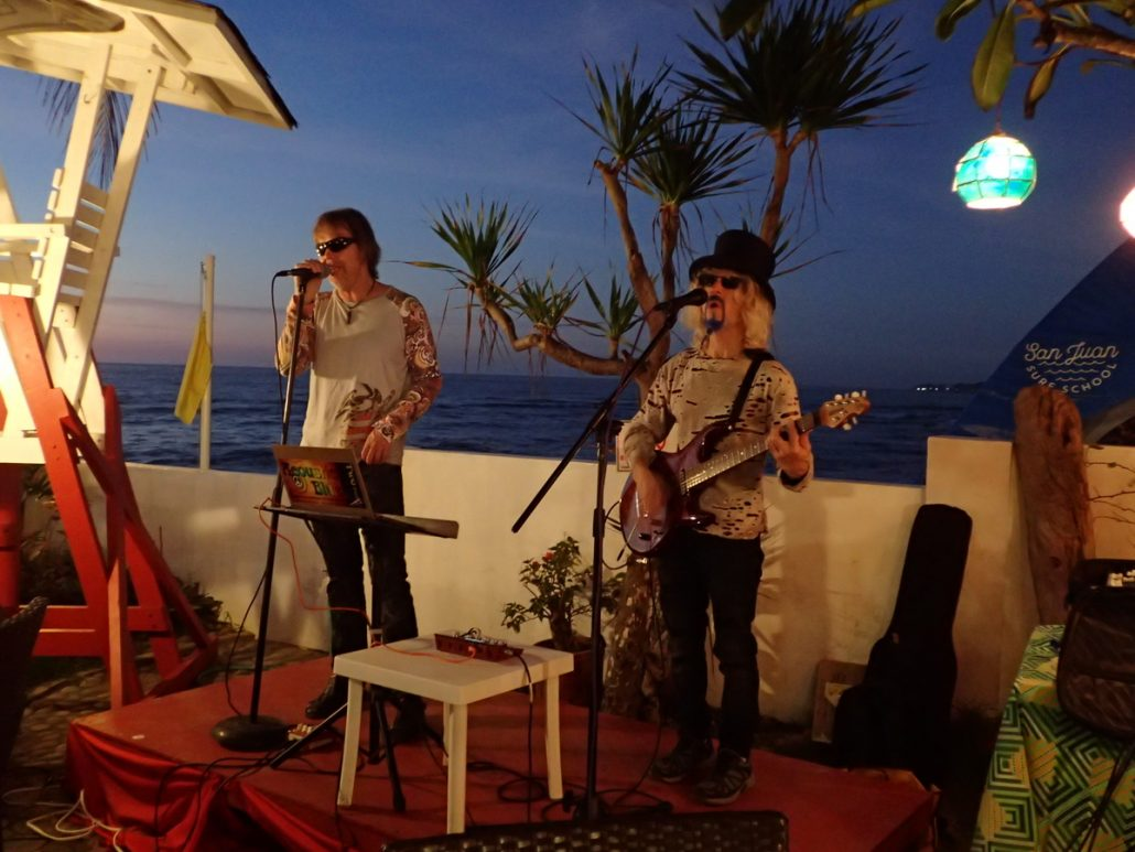 2018-01-31 Two From Blue San Juan La Union Philippines at Final Option Beach Resort (10)