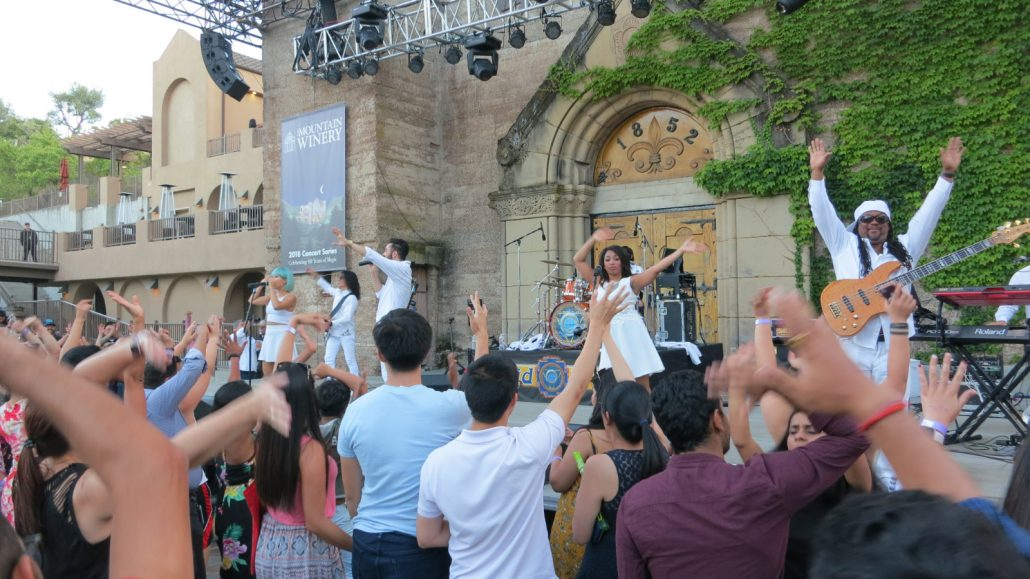2018-06-26 Liquid Blue Band in Saratoga CA at Mountain Winery (35)