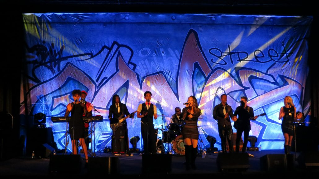 2018-11-10 Liquid Blue Band in Scottsdale AZ at the Phoenician Resort (9)