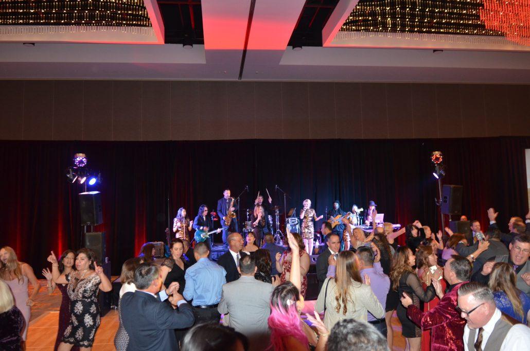 2018-12-08 Liquid Blue Band in San Diego CA at Marriott Marquis (4)