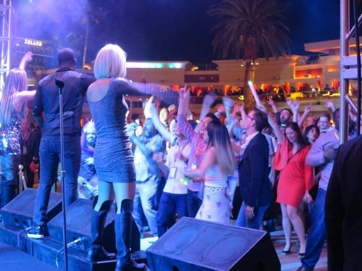 Liquid Blue has Performed in Las Vegas (14)