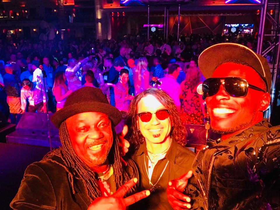 Liquid Blue has Performed in Las Vegas (2)
