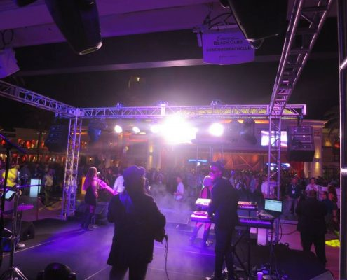 Liquid Blue has Performed in Las Vegas (7)