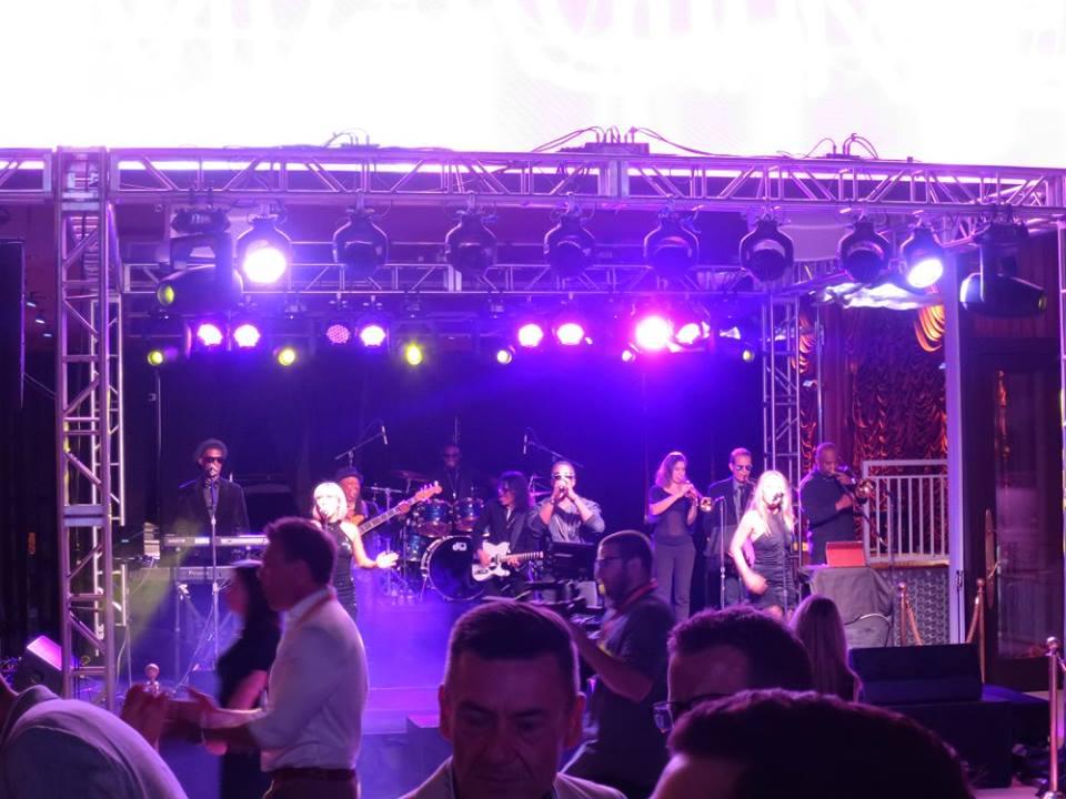 Liquid Blue has Performed in Las Vegas (8)