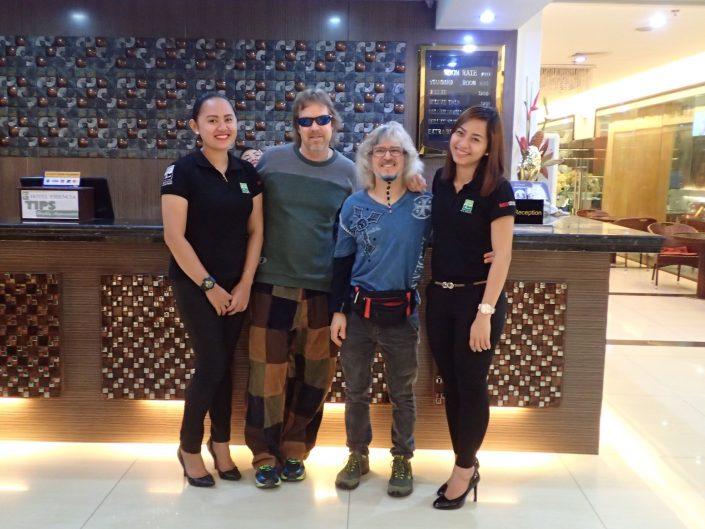 2016-09-23 Hotel Essencia Staff Dumaguete Philippines