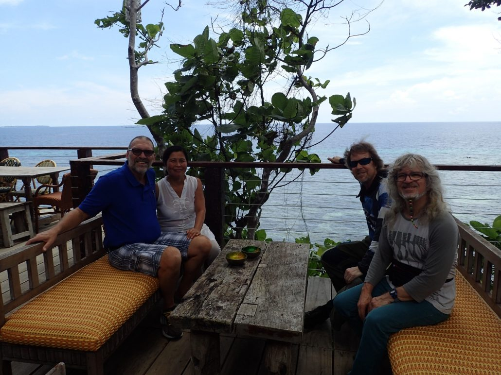 2016-10-10 Bohol Bee Farm Owners Vicky and Neil Dauis Panglao Philippines (1)