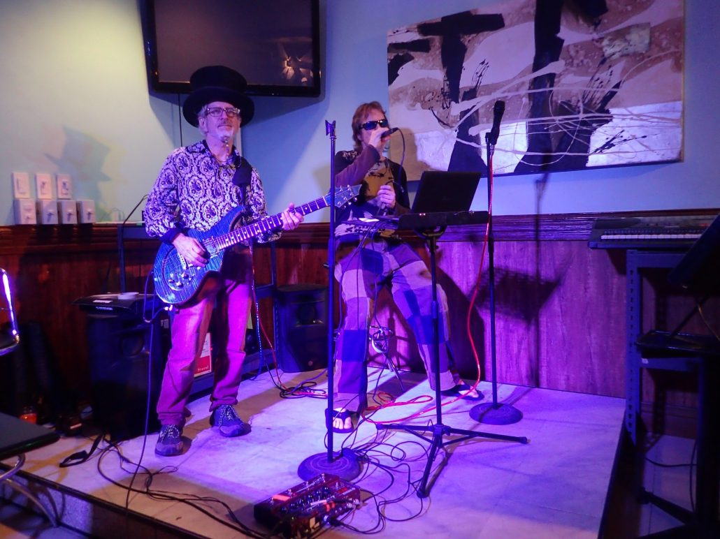 2016-10-23 Two From Blue in Tuguegarao City Philippines at Le Cafe De Vie (3)