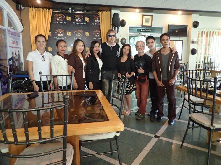 2016-10-24 Hotel Dian Staff Aparri Philippines (4)