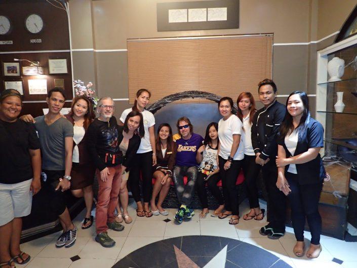2016-10-27 Hotel Dian Staff Aparri Philippines (22)