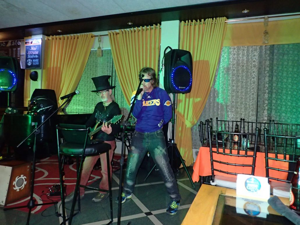 2016-10-27 Two From Blue in Aparri Philippines at Hotel Dian (45)