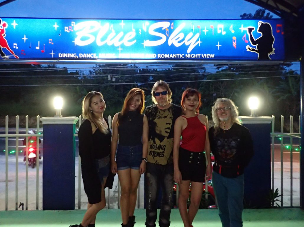 2016-11-18 Two From Blue in Antipolo Philippines (26)