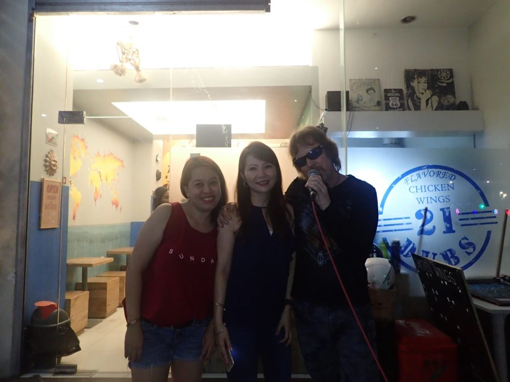 2016-12-17 Two From Blue in Cebu City Philippines at Maria Cristina Arcade 053