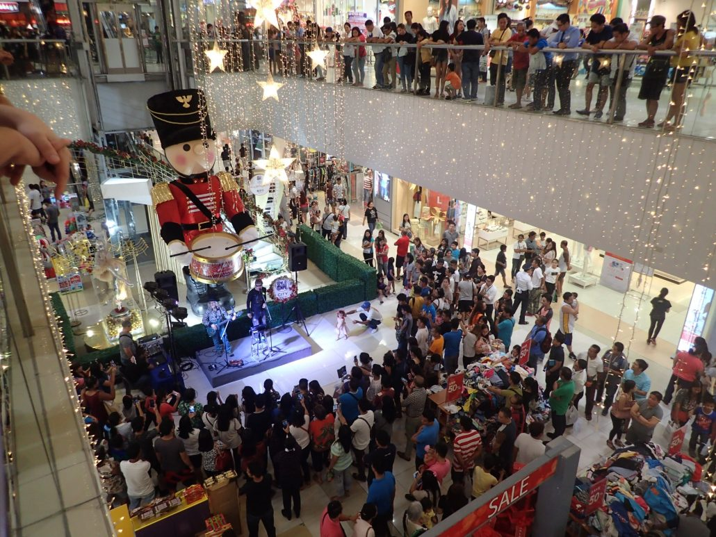 2016-12-29 Two From Blue in Tarlac City Philippines at SM Mall (22)