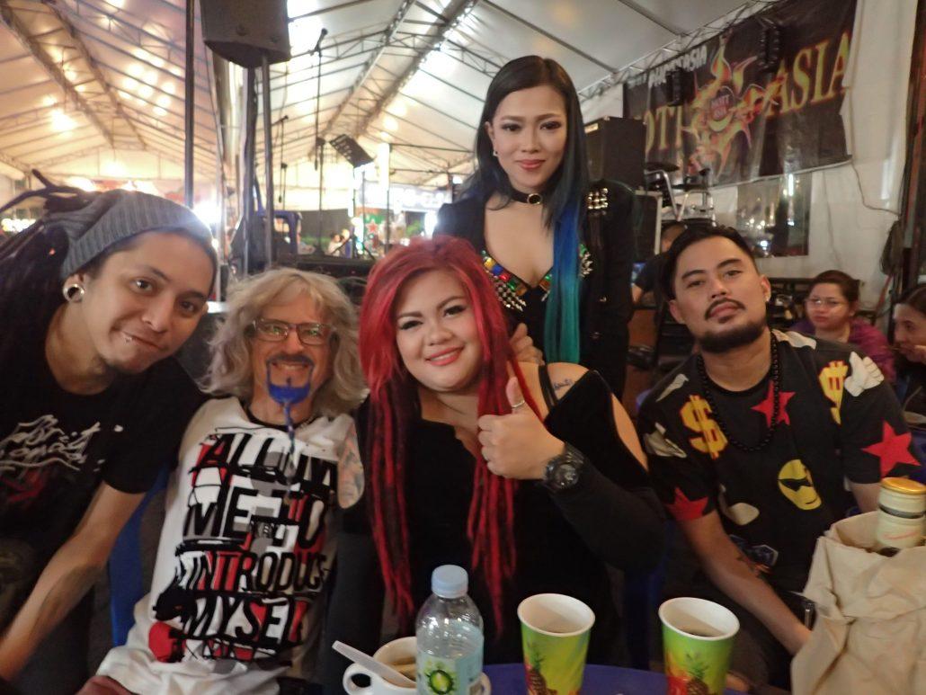 2017-02-17 Band at Hott Asia Manila Philippines (1)