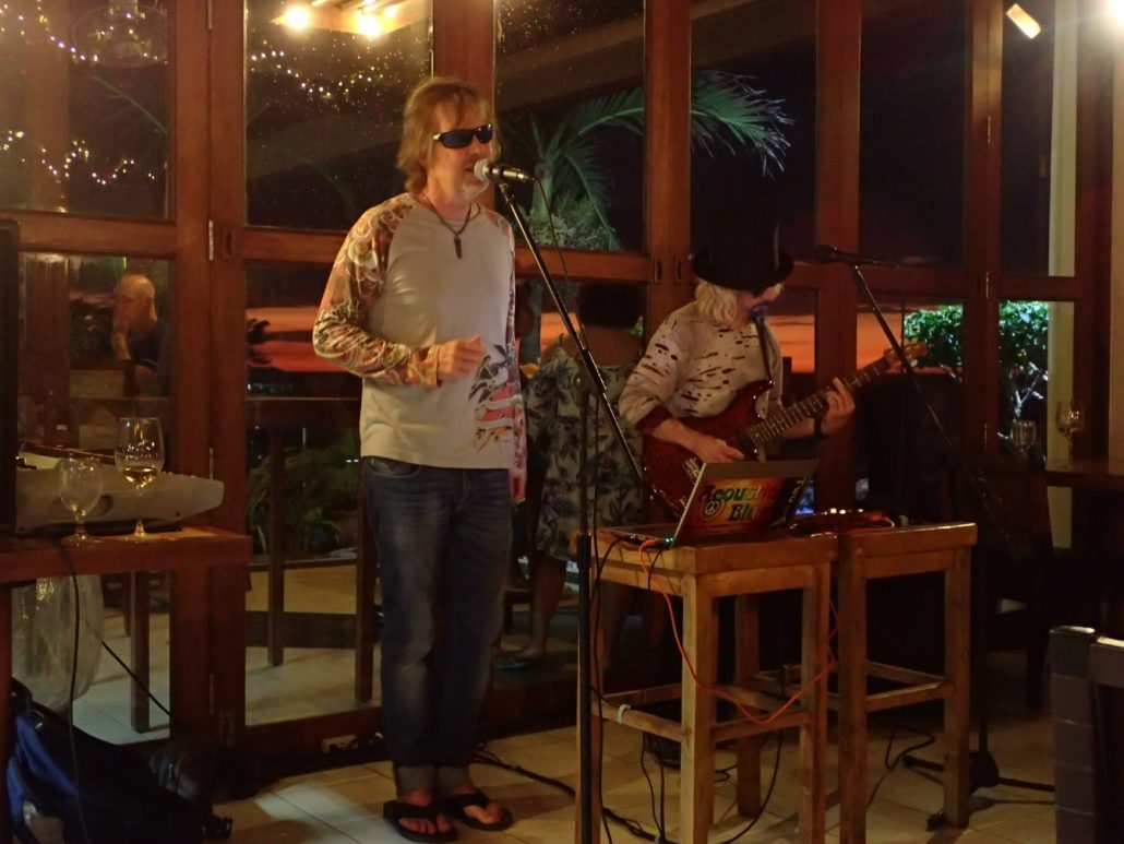 2017-12-30 Two from Blue San Juan La Union Philippines at Kahuna's Beach Resort (3)