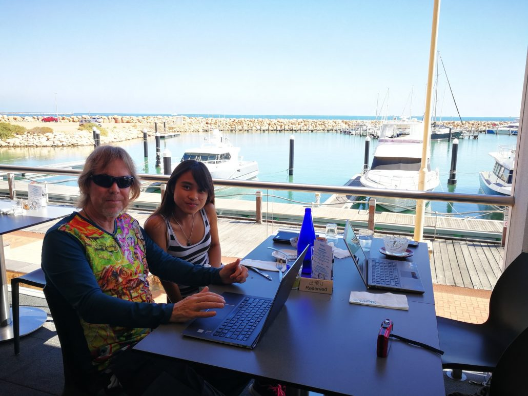 2018-04-05 Selina Geraldton Australia (1)