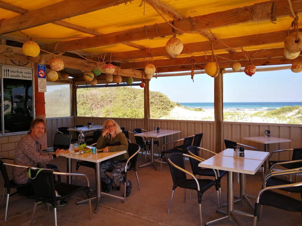 2018-04-06 Dongara Australia at Star Fish Cafe South Beach (3)