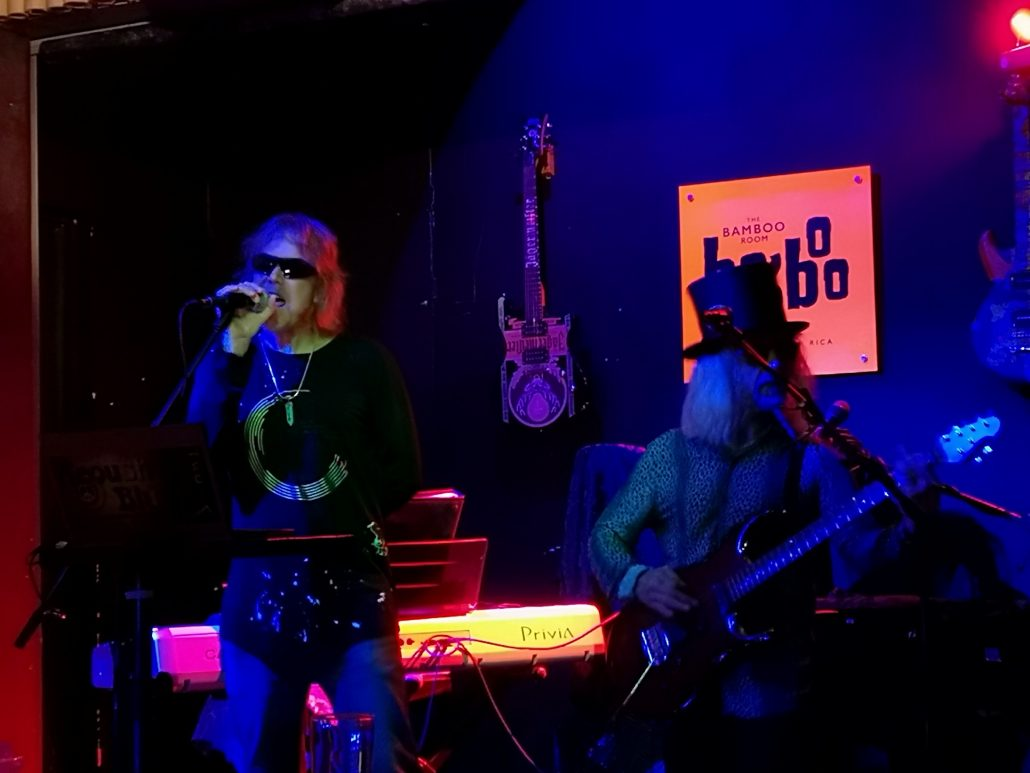 2018-11-03 Out Of The Blue at Bamboo Room Ojochal Costa Rica (13)