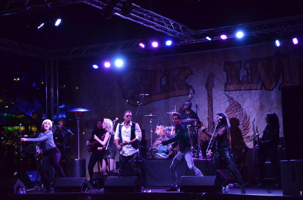 2019-02-09 Liquid Blue Band in Scottsdale AZ at BLK Live (2)