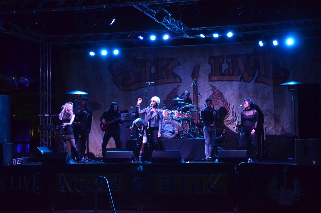 2019-02-09 Liquid Blue Band in Scottsdale AZ at BLK Live (3)