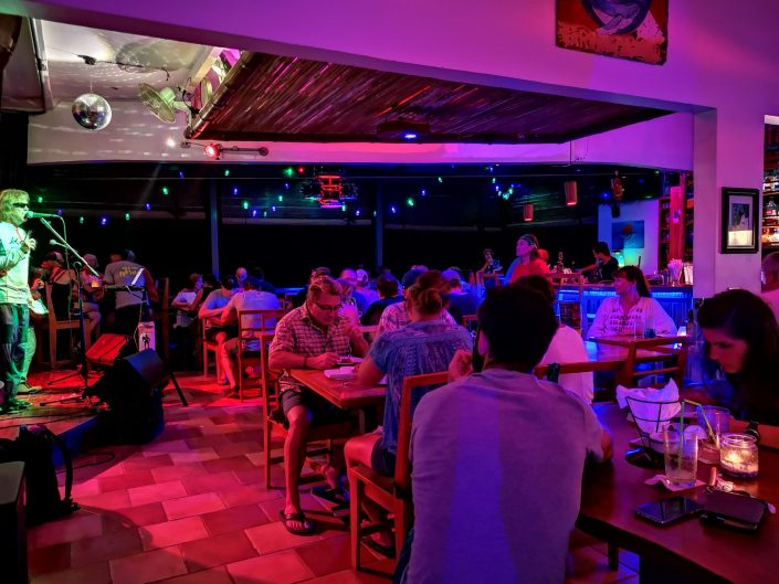 2019-02-13 Out Of The Blue Band at Bamboo Room Ojochal Costa Rica (12)