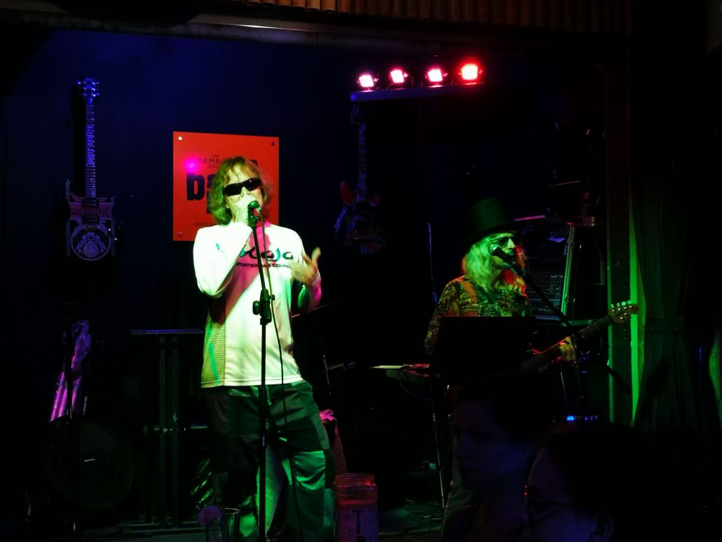 2019-02-13 Out Of The Blue Band at Bamboo Room Ojochal Costa Rica (2)