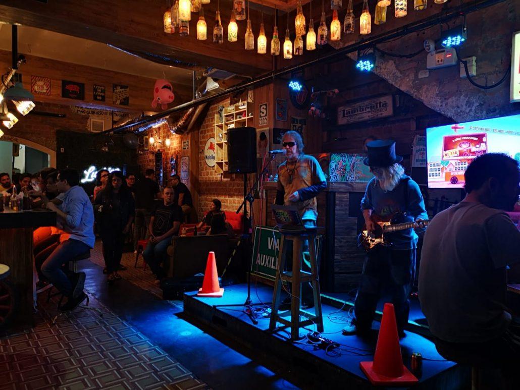 2019-03-05 Out of the Blue at La Cachina Bar Miraflores Lima Peru (2)