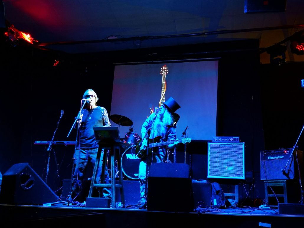 2019-03-23 Out Of The Blue at Alive Music Bar LaPaz Bolivia (12)