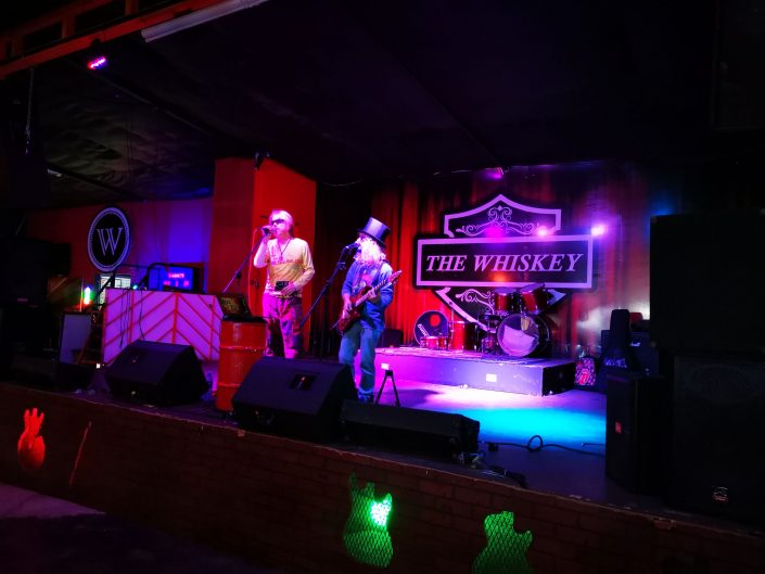 2019-03-29 Out Of The Blue at The Whiskey Bar Santa Ana Costa Rica (18)