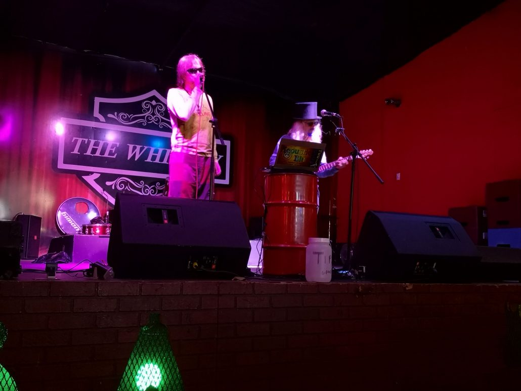 2019-03-29 Out Of The Blue at The Whiskey Bar Santa Ana Costa Rica (38)