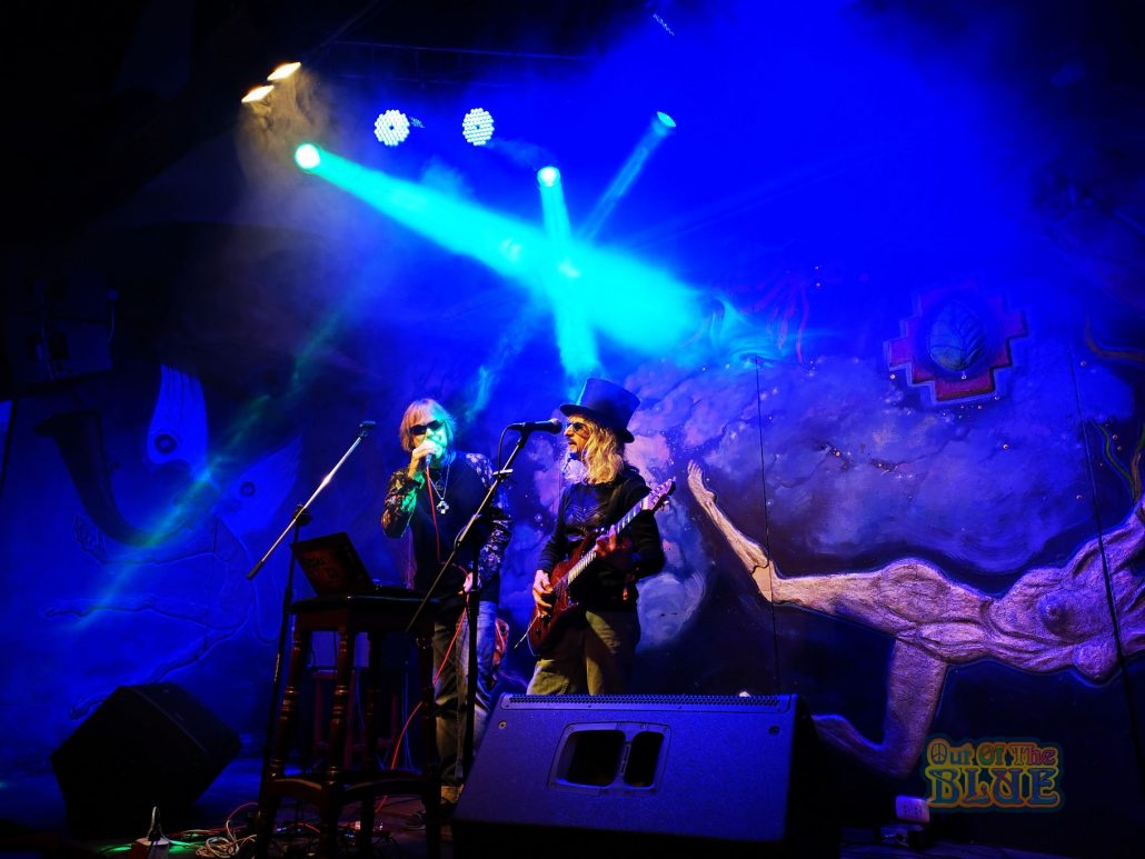 2019-03-20 Out Of The Blue at Ukukus Bar Cusco Peru (14)