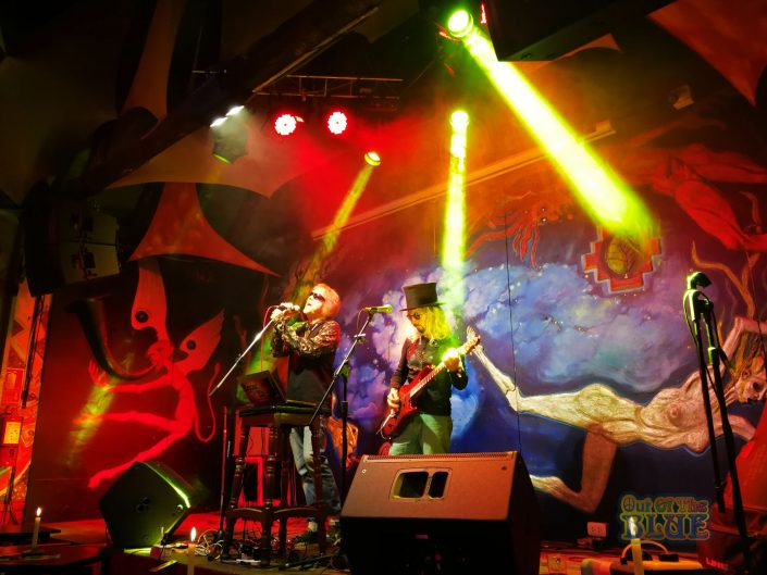 2019-03-20 Out Of The Blue at Ukukus Bar Cusco Peru (30)
