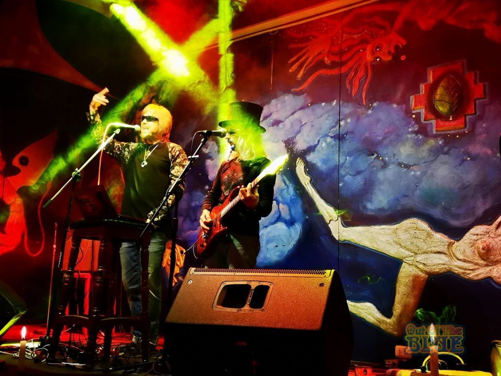 2019-03-20 Out Of The Blue at Ukukus Bar Cusco Peru (39)