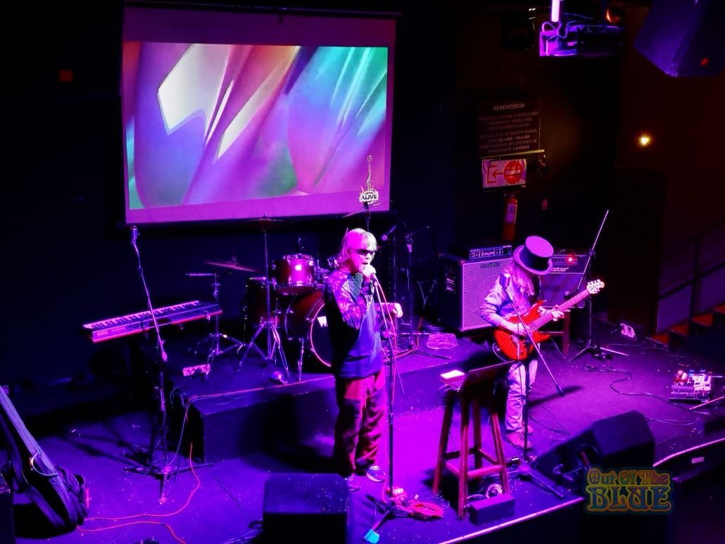 2019-03-23 Out Of The Blue at Alive Music Bar LaPaz Bolivia (19)