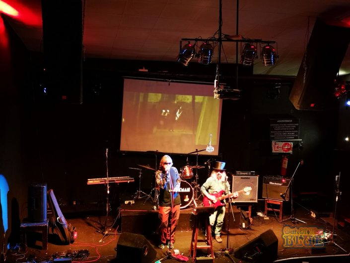 2019-03-23 Out Of The Blue at Alive Music Bar LaPaz Bolivia (32)
