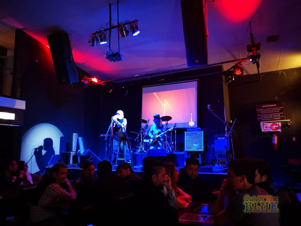 2019-03-23 Out Of The Blue at Alive Music Bar LaPaz Bolivia (44)