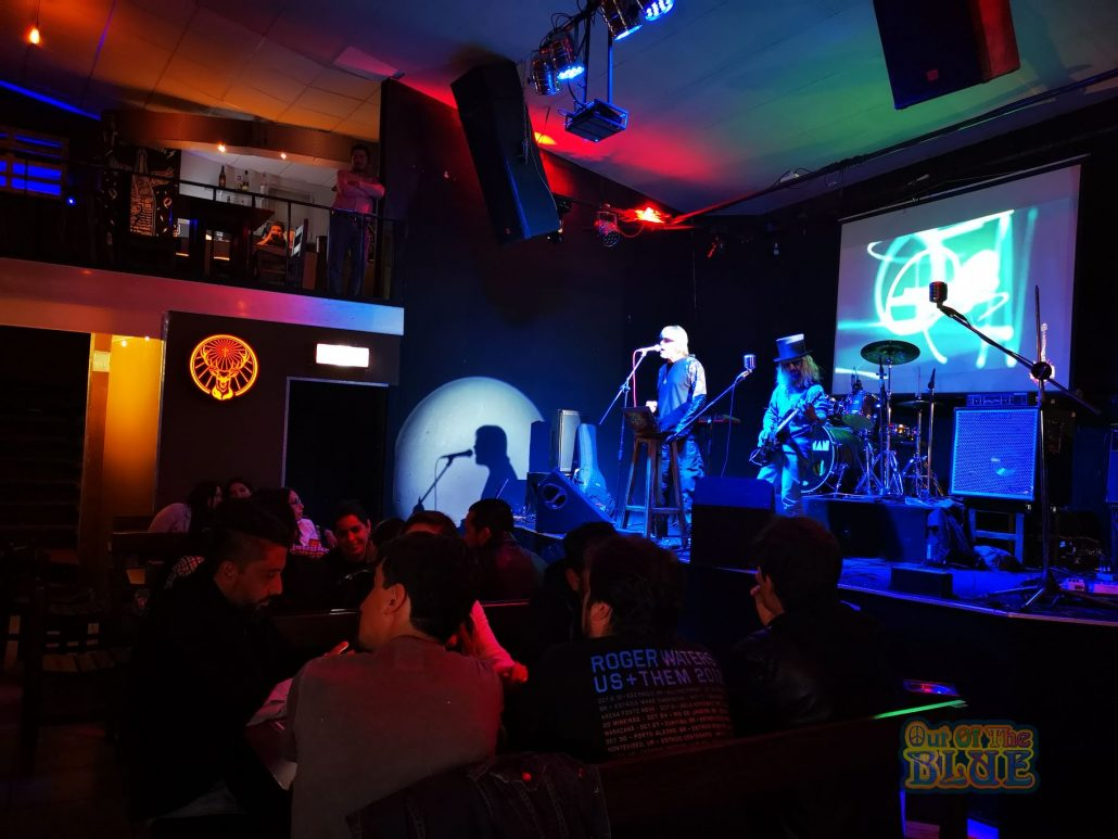 2019-03-23 Out Of The Blue at Alive Music Bar LaPaz Bolivia (46)