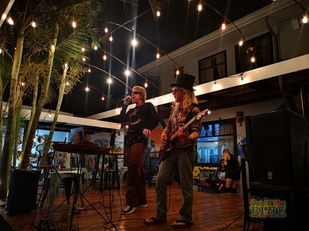 2019-04-30 Out of the Blue at Selina Hostel San Jose Costa Rica (9)