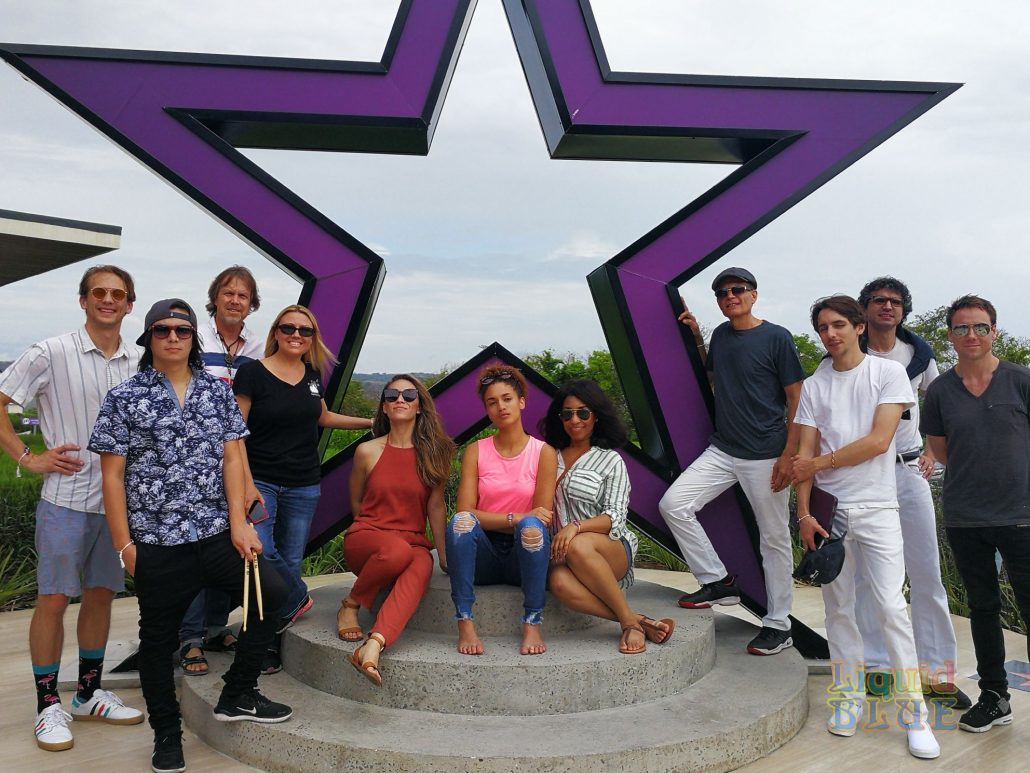 2019-05-18 Planet Hollywood Liberia Costa Rica with Band Members (3)
