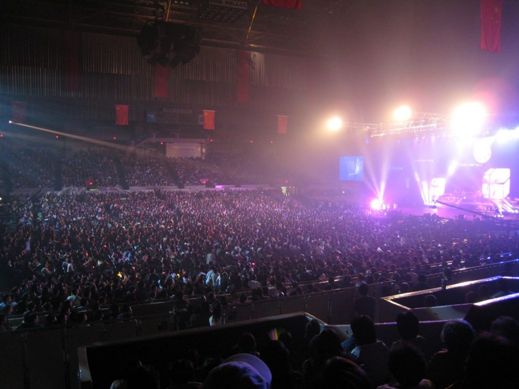 2007-03-03 San Francisco CA, Cow Palace Sold-Out with 13,000 Fans
